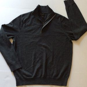 Banana republic men's sweater size L (G-014)